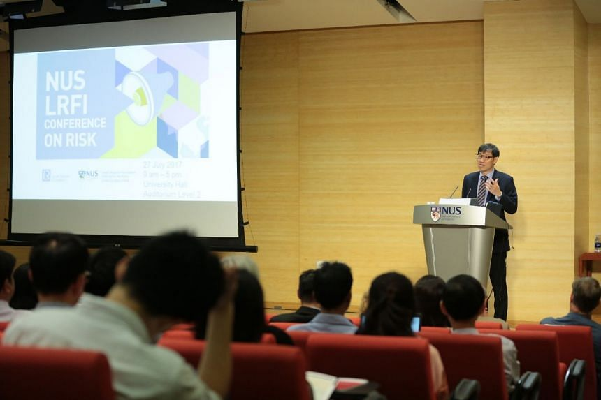 Professor Phoon Kok Kwang speaking at The Lloyd's Register Foundation Institute for the Public Understanding of Risks' inaugural conference at NUS.