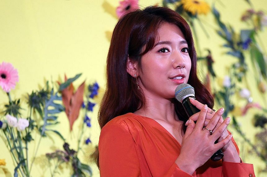 Park Shin Hye says she will embrace signs of ageing.