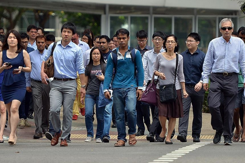 Maybank Kim Eng economists Chua Hak Bin and Lee Ju Ye said the employment figures are falling well short of the ministry's projected annual employment growth of 25,000 to 40,000 over the next few years.