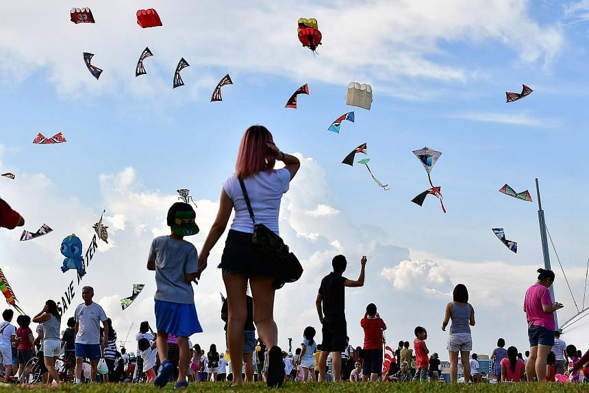 Visitors to Marina Barrage yesterday were greeted by a sea of kites in the sky. Singapore Kite Day @ Marina Barrage, an annual kite-flying festival organised by national water agency PUB and the Singapore Kite Association, was held over the weekend f