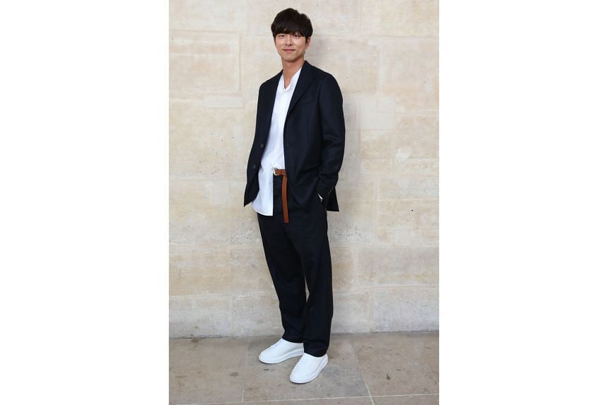 South Korean actor Gong Yoo favours baggy pants that spill over his shoes.
