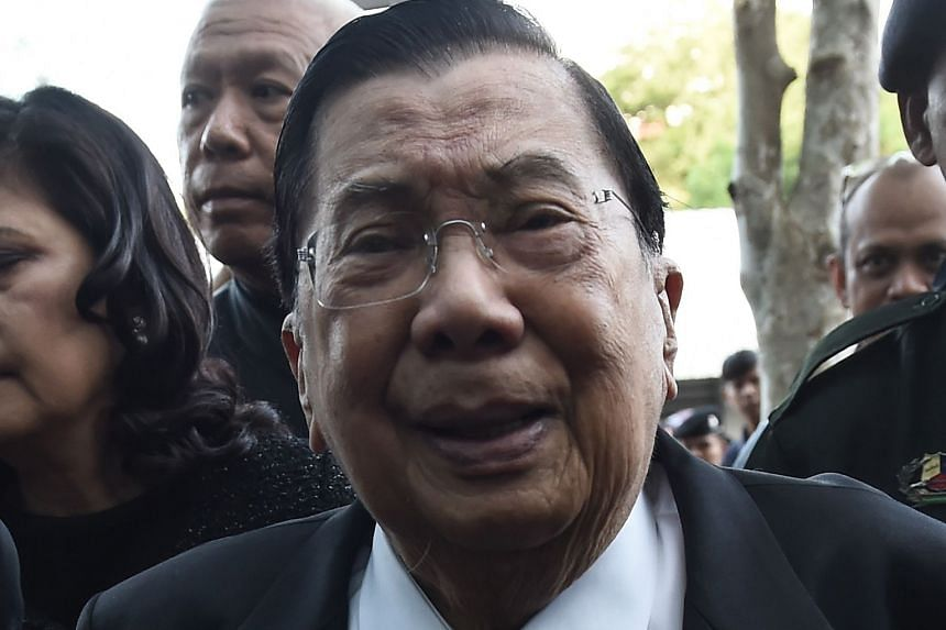 Mr Chavalit resigned from the deputy premier post to take responsibility for the crackdown.