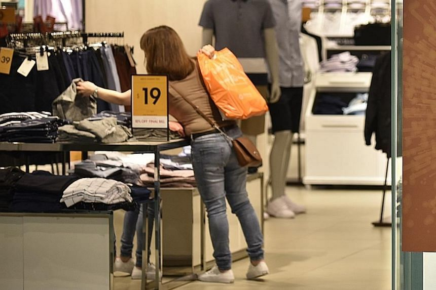 Experts say there would likely be a bump in sales as the GSS draws to a close. One reason is that retailers roll out bigger discounts to clear stocks ahead of new merchandise arriving.