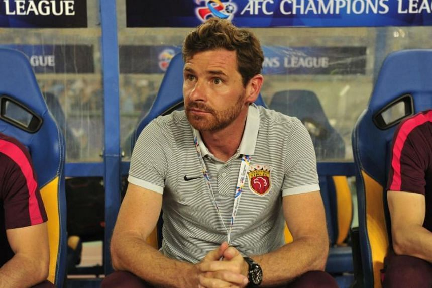 Shanghai SIPG coach Andre Villas-Boas looks on during the AFC Champions League round of 16 football match Shanghai SIPG against Jiangsu Suning FC in Nanjing, on May 31, 2017.