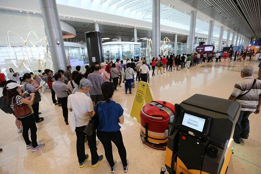 About 1,200 people arrived in the first hour of the open house for Changi Airport's Terminal 4 on Monday (Aug 7).