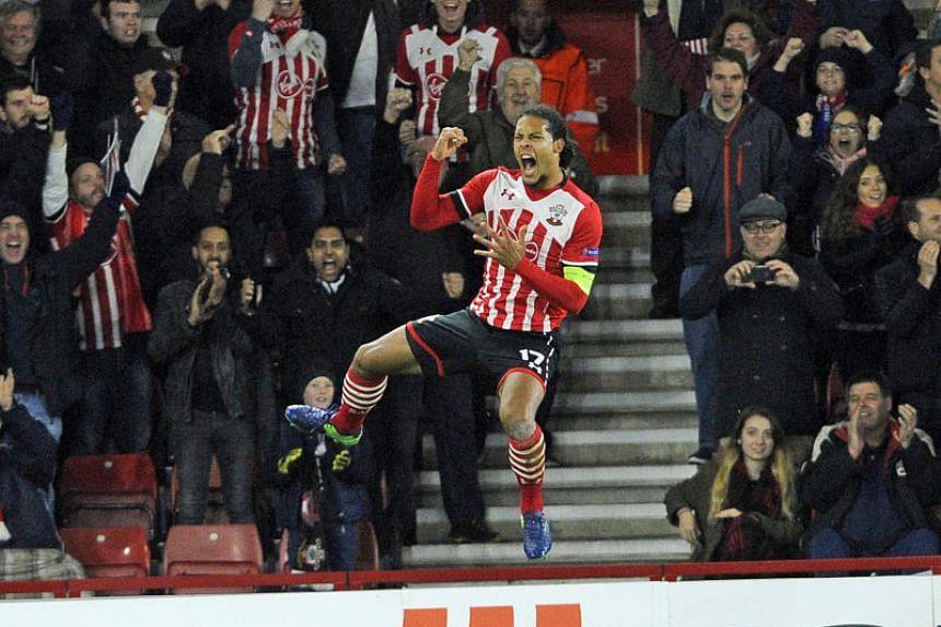 Southampton's Virgil Van Dijk celebrates scoring against Inter Milan in Nov 3, 2016.