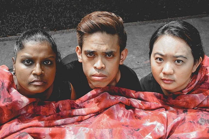 Grace Kalaiselvi, features actors Hilmi Shukor and Catherine Ho in Mother I (2).