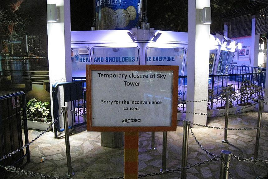 The Tiger Sky Tower closed temporarily in June 2010. That month, 36 passengers were left stranded 30m in the air for more than two hours. In July 2010, it stalled with 10 tourists on board.