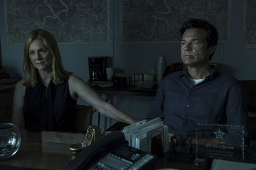 In the drama series Ozark, Jason Bateman plays Marty Byrde, a financial planner who turns to crime to protect his wife Wendy (played by Laura Linney) and their two children.