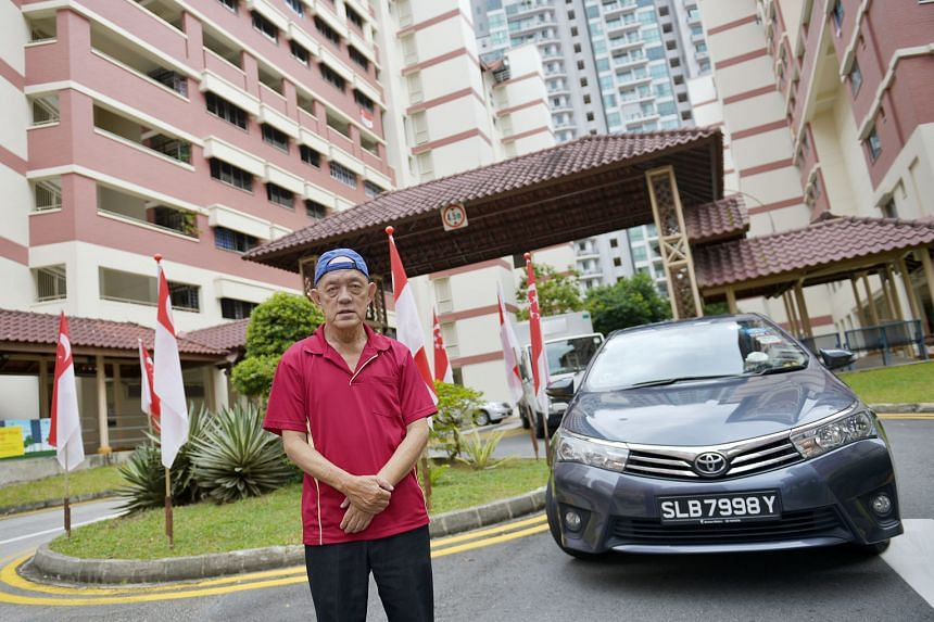 After driving taxis for more than 30 years, Mr Lim Chwee Choon became a Grab driver last year, trading in his cab for a Toyota Altis private-hire car.