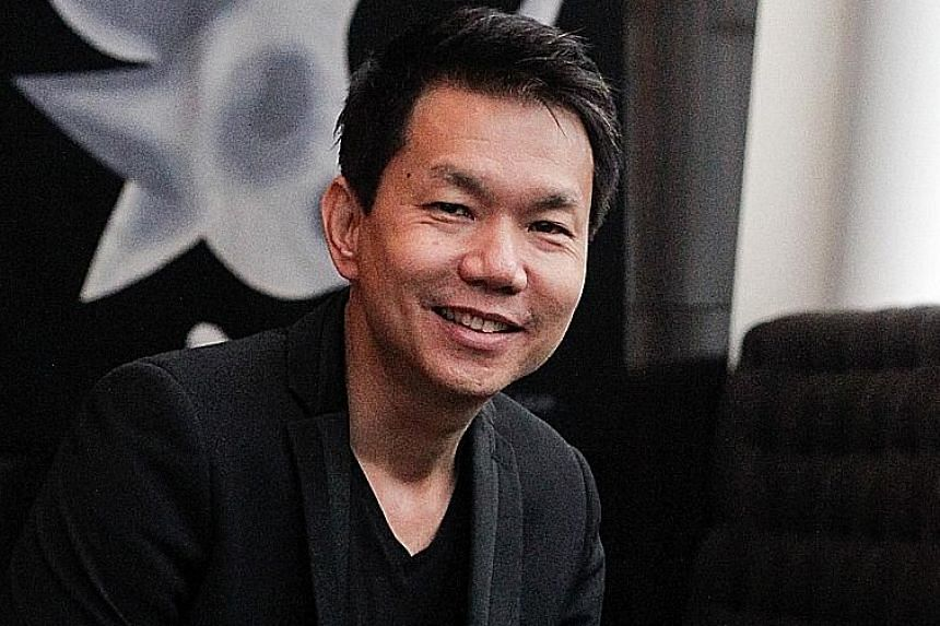 Media industry veteran Tham Loke Kheng (top) will succeed Mr Shaun Seow (above) as Mediacorp CEO.