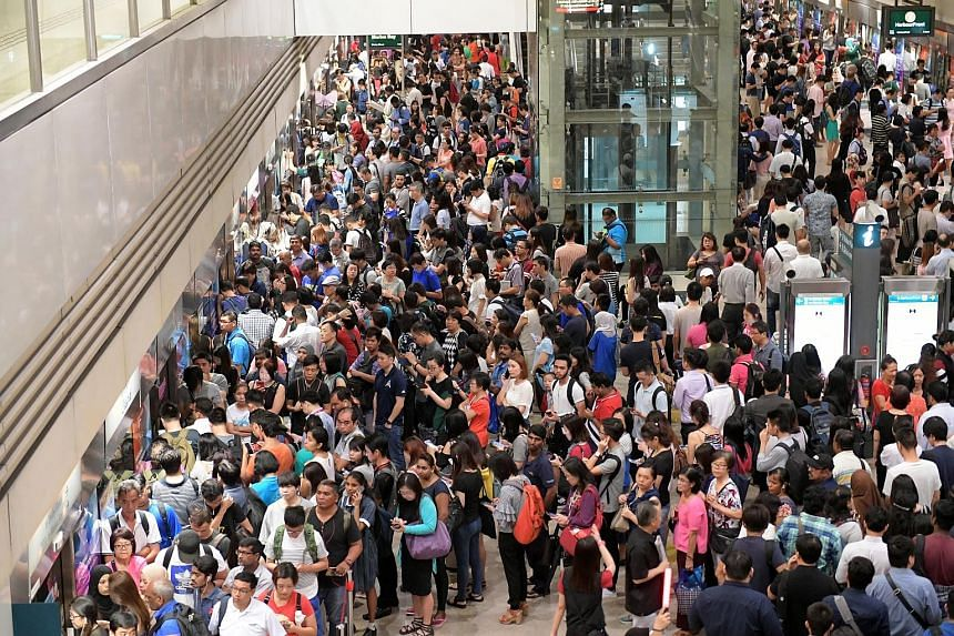 The scene at Bishan MRT station at about 8.30am yesterday. A defective train added travel time of up to 45 minutes between Marina South Pier and Sembawang on the North-South Line. Commuters experienced delays on the Downtown Line as well, also due to