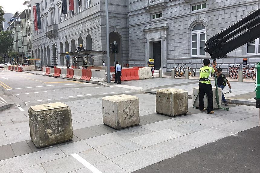 The Government is reviewing security measures in public spaces, and possible new measures include putting up barriers.