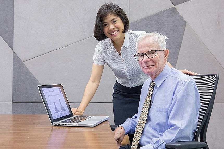 Dr Anne Chong and Professor Richard Ebstein from NUS are co-leaders of a study, involving some 1,300 Chinese adults in Singapore, which found that genes CD38 and CD157 could play a role in social competence.