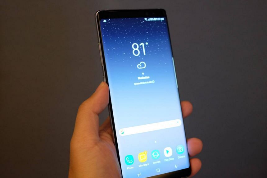 The Note8 features a 6.3-inch quad HD+ Super Amoled infinity display.