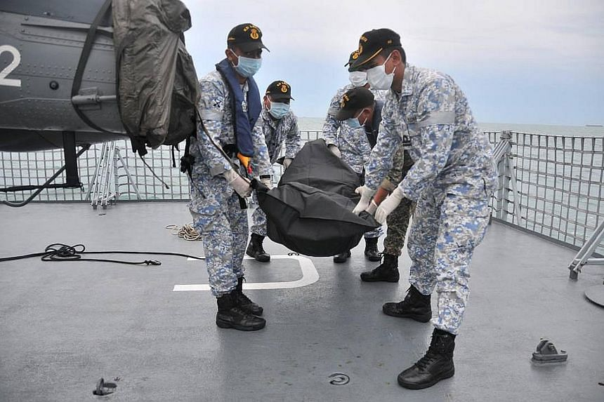 Royal Malaysian Navy (RMN) personnel found a body at 3.43pm yesterday, about 7.5 nautical miles from where the USS John S. McCain collided with an oil tanker in the Singapore Strait early on Monday. The body found by the team from RMN ship KD Handala