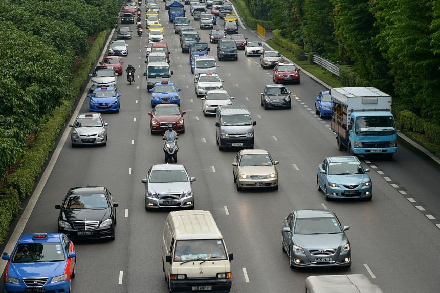 The COE price for cars up to 1,600cc and 130bhp fell by 8.3 per cent to close at $42,900 on Aug 23, 2017.
