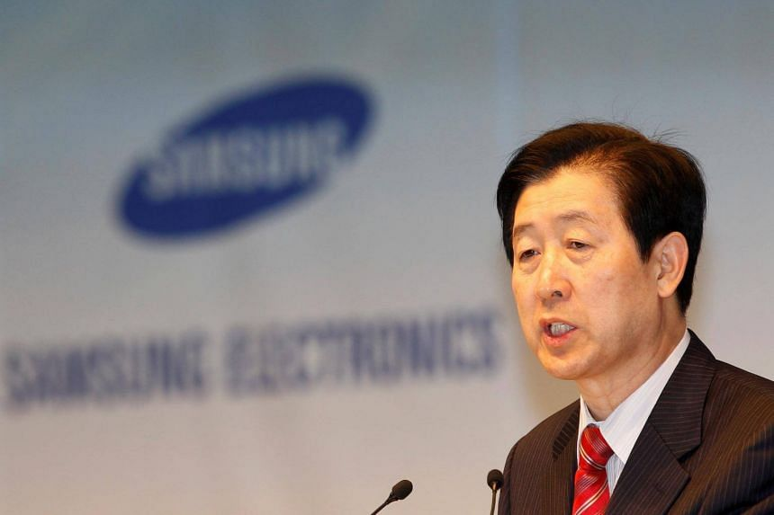 Choi Gee Sung, chief executive of South Korea's Samsung Electronics, speaks during an annual shareholders' meeting at the company headquarters in Seoul, on March 18, 2011.