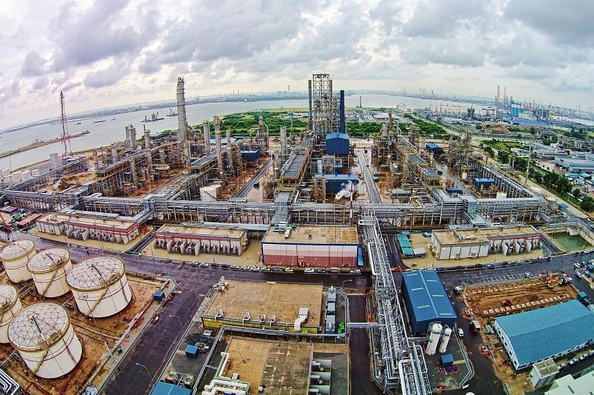The aromatics production facility on Jurong Island. The acquisition will increase ExxonMobil's Singapore aromatics production to over 3.5 million tonnes per year.