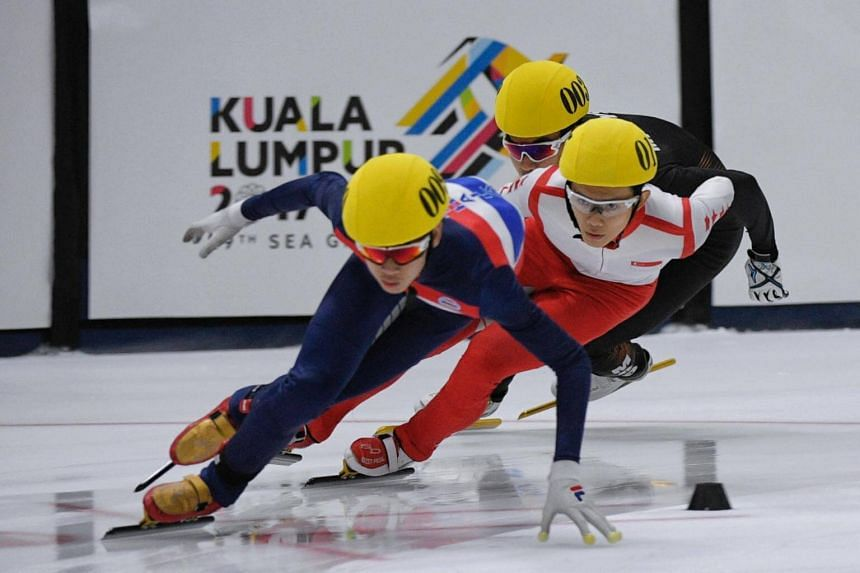 Silver medallist Lucas Ng (centre) in action during the men's SEA Games 1,000m short track speed skating final held on Aug 30, 2017.