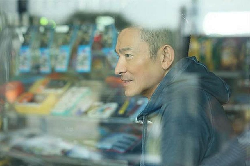 In The Adventurers, Andy Lau plays a thief who goes after the person who betrayed him.