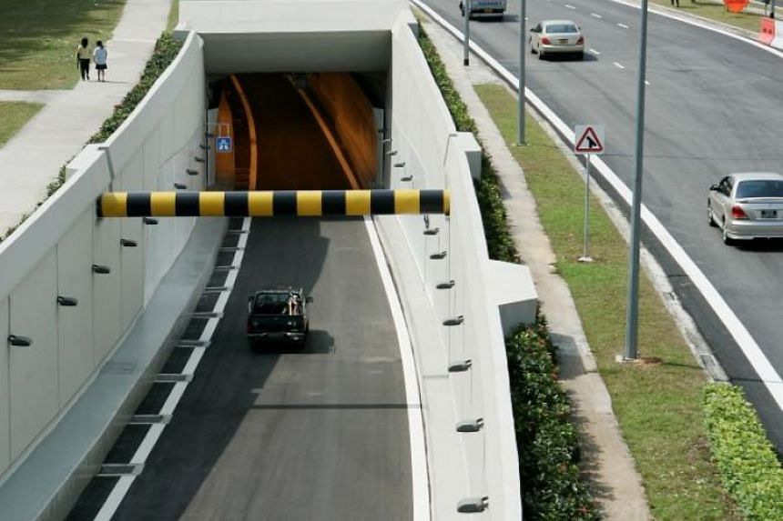 Motorists entering the KPE from the Kallang PIE entrance.