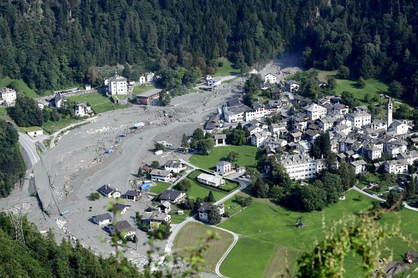 A general view shows the Swiss village of Bondo after a landslide on Aug 25, 2017.