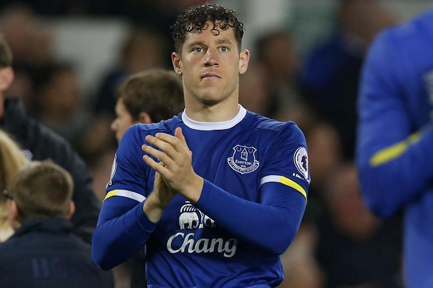 Everton's Ross Barkley has decided to stay put at Goodison Park, having turned down a deadline day transfer to English champions Chelsea.