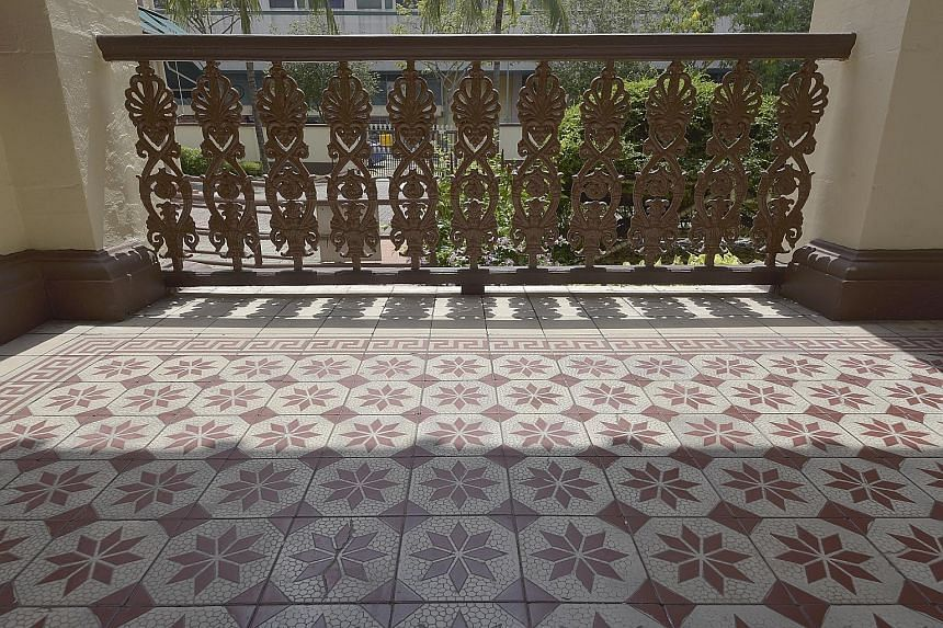 The cast-iron balustrades along the main hall's verandah and new building wing have floral patterns which hark back to Greek antiquity, while the ground floor of the main building is laid with original tiles that were in fashion during the early 1900