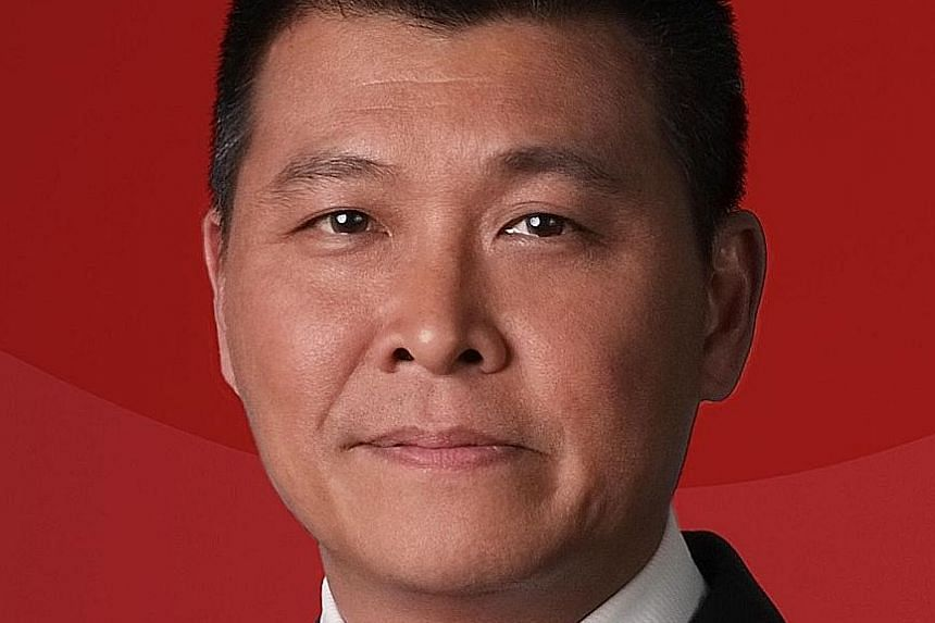 Singtel's Yuen Kuan Moon feels that having too many options, both online and offline, has made it harder for users to adopt mobile payments. UOB MyKey, the bank's new mobile keyboard for PayNow transactions, has been a hit with customers, says Ms Jac