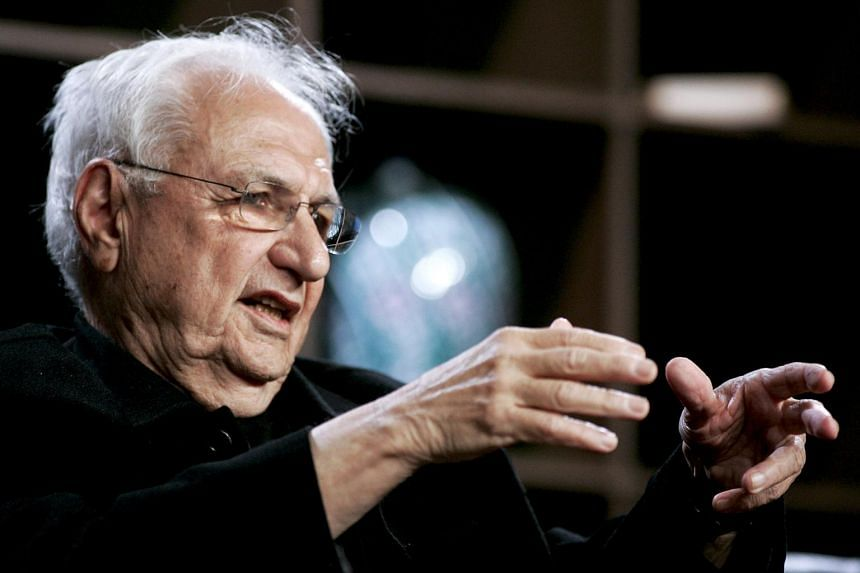 Architect Frank Gehry speaks at the 2010 Milken Institute Global Conference in Los Angeles, California, on April 27, 2010.