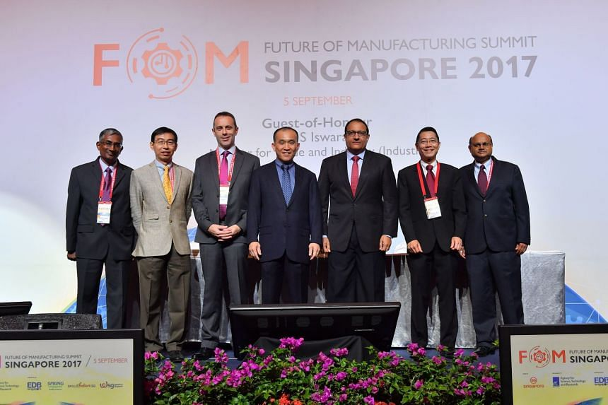 A*Star has initiated the Pharma Innovation Programme Singapore (PIPS) in partnership with NUS. GSK, MSD International and Pfizer Asia Pacific have joined the programme as pioneer members. From left to right: Dr Prasad Kanneganti, Site Director, Pfize
