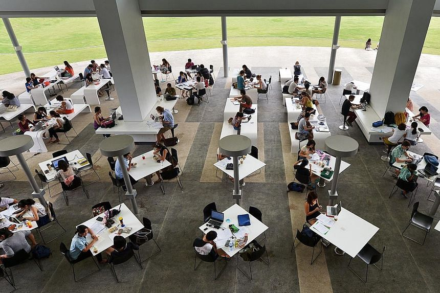 Consumer research firm ValuePenguin compared tuition fees of different majors at National University of Singapore with annual starting salaries of students who graduated last year, adjusted for employment rates of different graduates. The study showe