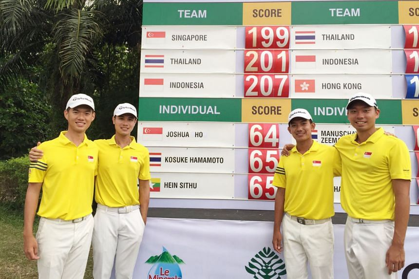 From left: Singapore golfers Joshua Ho, Gregory Foo, Marc Ong and Joshua Shou posing after the first round of the Putra Cup. The quartet, who won team gold at the SEA Games last month, are joint-first with Thailand after two rounds.