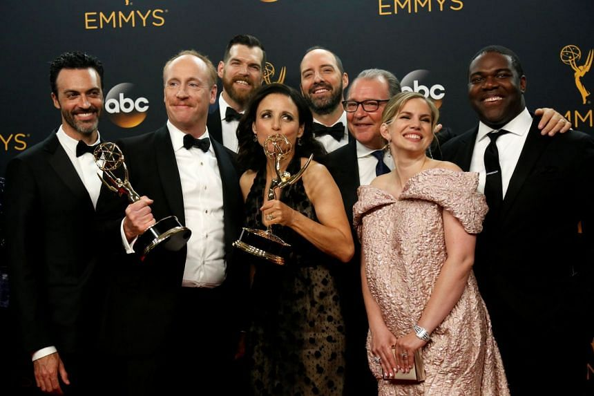 The cast and crew of Veep pose backstage with their Emmy for Outstanding Comedy Series in 2016.