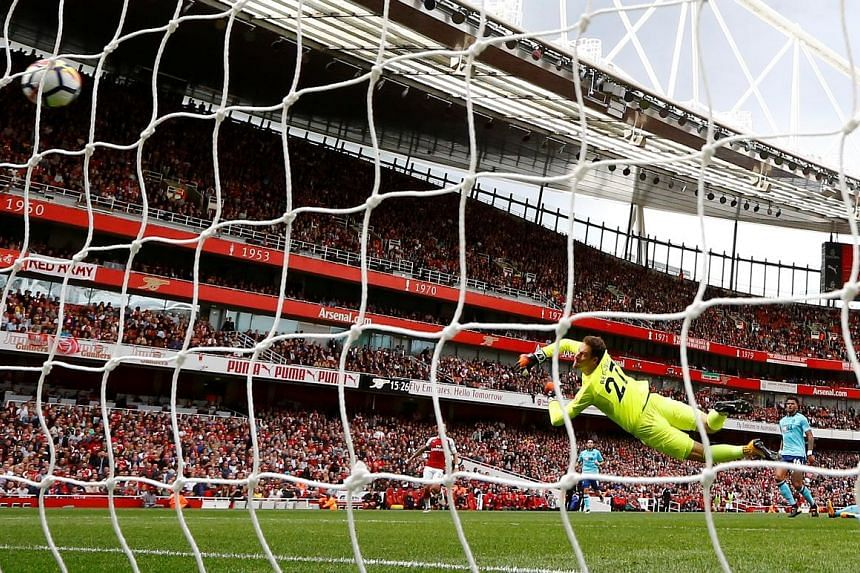 Striker Alexandre Lacazette scoring Arsenal's second goal in the 27th minute with a fine strike from the edge of the box. They will now turn their attention to the Europa League with a home game against Cologne on Thursday.