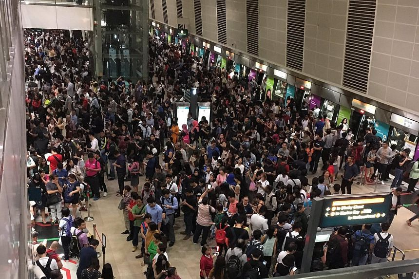 The crowd at Bishan MRT station on the Circle Line on Monday (Sept 11) morning.