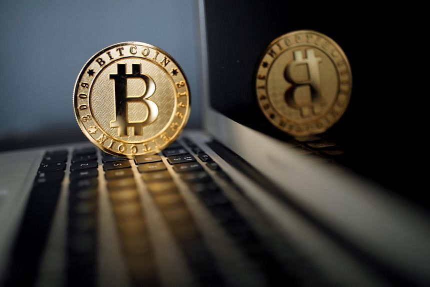 Bitcoin fell sharply after Chinese financial publication Caixin reported that China was planning to shut down local crypto-currency exchanges, although analysts said this was just a temporary setback.