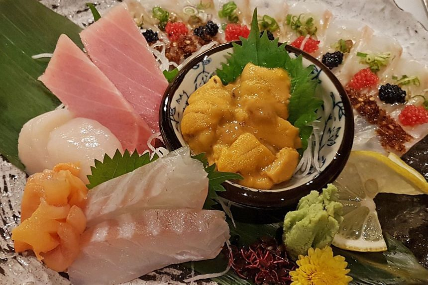 Southpaw's sashimi is decent in quality and fresh.