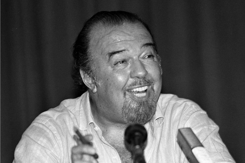Peter Hall founded the Royal Shakespeare Company in 1960 and led it until 1968.