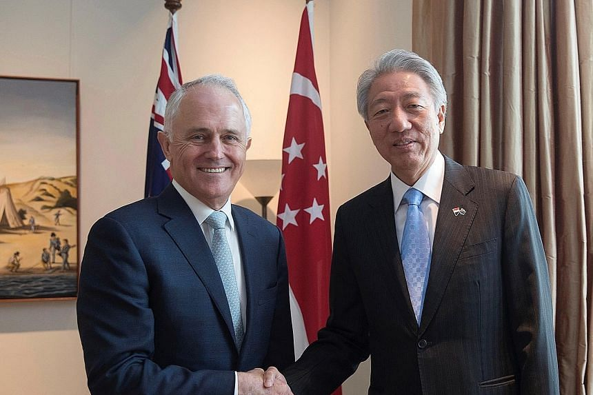 Deputy Prime Minister and Coordinating Minister for National Security Teo Chee Hean met Australian Prime Minister Malcolm Turnbull during a three-day visit to Canberra to strengthen ties with members of the Australian Cabinet and Shadow Cabinet, and