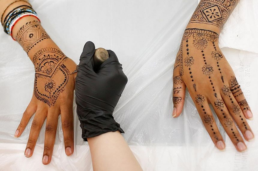 Before getting your first henna treatment, apply a small amount of the henna product on your skin to test if there is an allergic reaction.