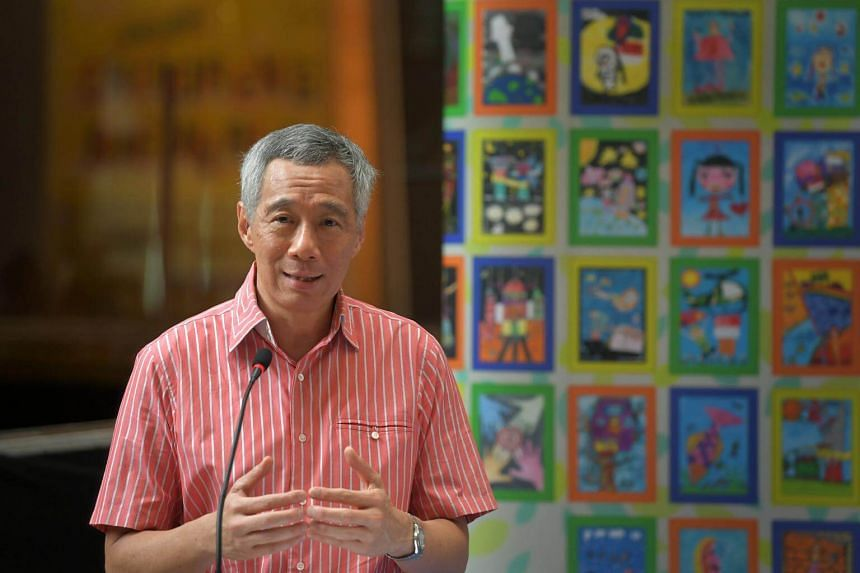 Singapore Prime Minister Lee Hsien Loong will be in China from Tuesday to Thursday, Chinese Foreign Ministry spokesman Hua Chunying announced at a regular briefing on Friday (Sept 15).