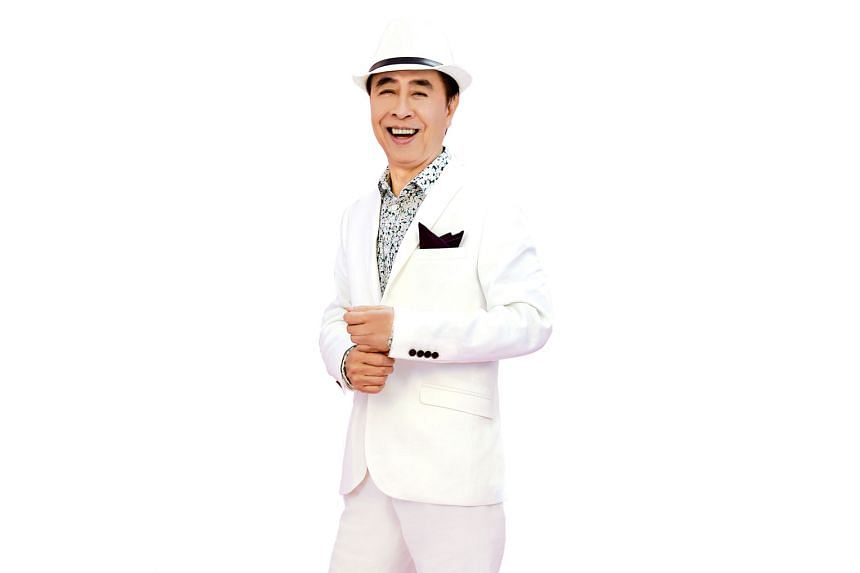 Singer Johnny Ip will perform his hit songs at a concert at Kallang Theatre with Camy Tang, queen of classic Cantonese songs .
