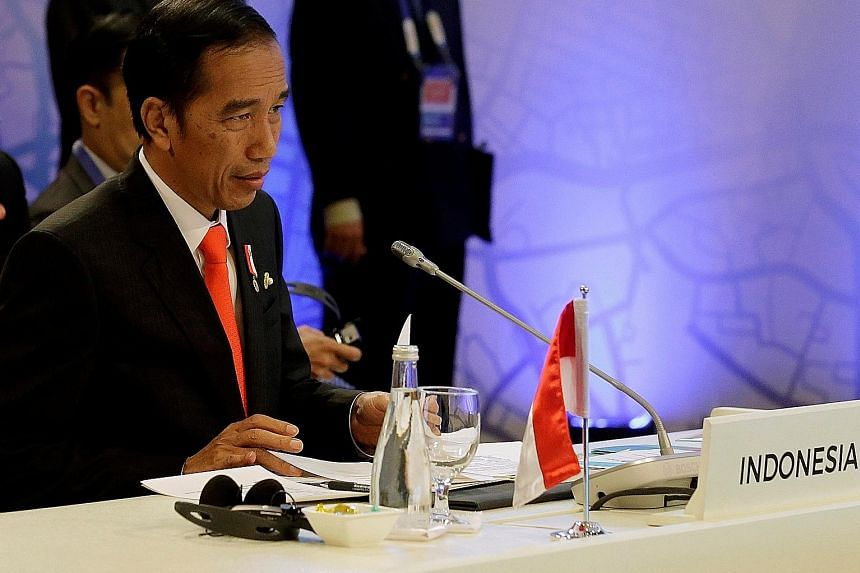 President Joko Widodo is scheduled to visit Cirebon city today, where the suspect was nabbed near a helicopter landing pad with five petrol bombs and other weapons. He was identified as a member of terror network JAD.