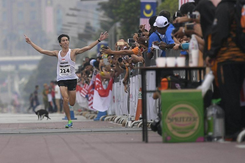 Soh Rui Yong approaching the finish line during the SEA Games men's marathon on Aug 19, 2017. Soh protested against the mandatory donation to the Singapore Athletics.