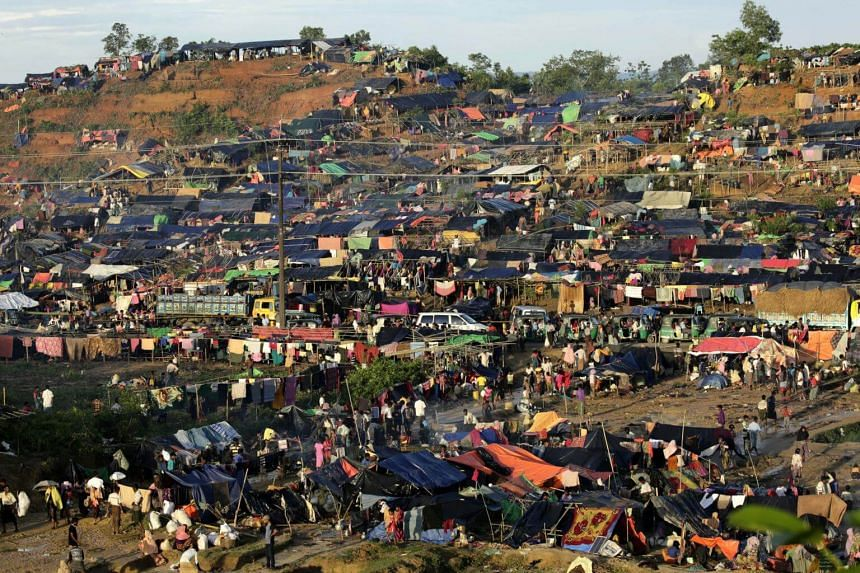 An overview of the crowded camp near Tangkhali, Ukhiya, Bangladesh, on Sept 17, 2017.