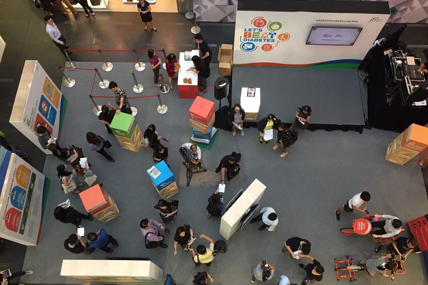A top view of the Let's Beat Diabetes roadshow at One Raffles Place on Sept 19, 2017.
