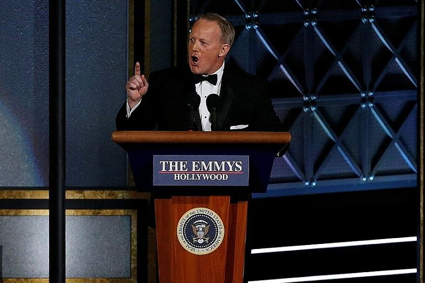 Fomer White House press secretary Sean Spicer's appearance at the awards ceremony garnered mixed reviews.