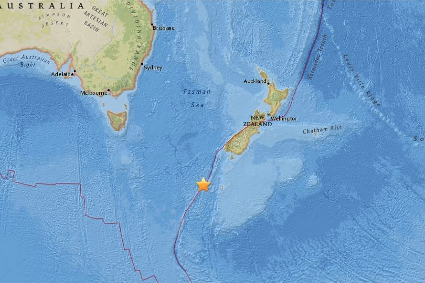 An undersea earthquake with a magnitude of 6.1 magnitude struck in the remote Southern Ocean south of New Zealand.